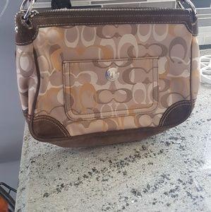 🚨Sale Authentic coach suade shoulder bag